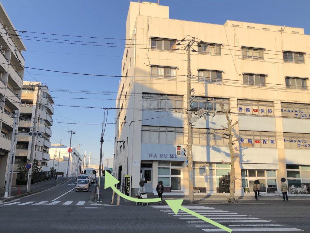 横浜ベイホールのアクセス画像6